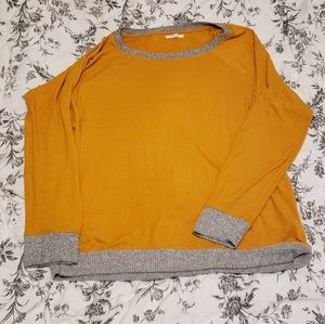 Maurice's sweater size L